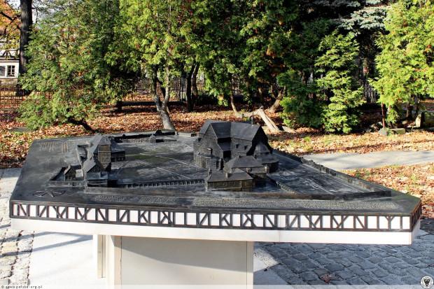 Model z brązu ma być wizytówką Babich Dołów. Na zdjęciu przykładowy model z innego miasta.