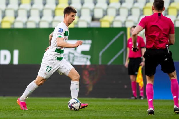 Mateusz Żukowski liczy, że dzięki odpowiedniemu przygotowaniu będzie mógł pokazać swoje umiejętności na boiskach ekstraklasy w barwach Lechii Gdańsk.