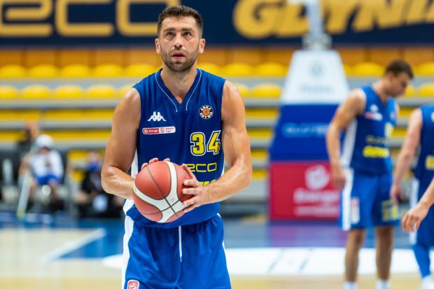 Adam Hrycaniuk zostaje na trzeci z rzędu sezon w Asseco Arka Gdynia. W sumie reprezentant Polski spędzi nad morzem już ósmy rok.