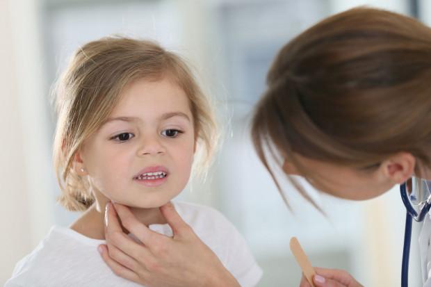 Powrót dzieci do szkół i przedszkoli w ostatnim czasie oznacza większe ryzyko występowania infekcji.