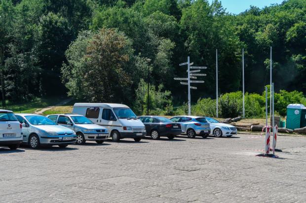Oprócz nowych stref opłatami zostanie objęty m.in. parking przy Polance Redłowskiej i cmentarzu Witomińskim.