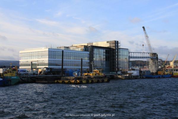 Na nowych przewoźników, w tym też na PŻB, liczy Port Gdynia, który kończy budowę terminalu promowego w Gdyni. Ma być gotowy już we wrześniu tego roku.