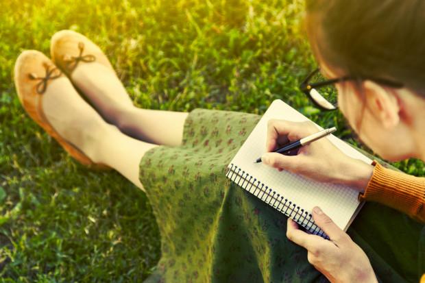 Pisarzy i pisarek wciąż przybywa. Są wśród nich również ludzie bardzo młodzi, dwudziestoletni i nastoletni. Poznajcie takie twórczynie z Trójmiasta.