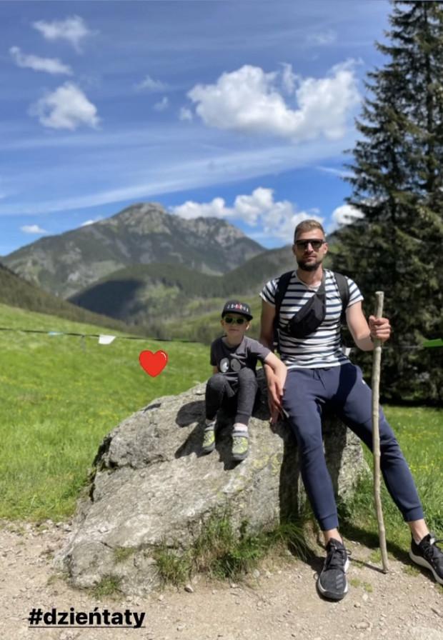 Paweł Leończyk z synem. Koszykarz Trefla Sopot obchodził Dzień Ojca na urlopie w polskich górach.