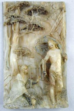 Alabastrowe cuda w Zielonej Bramie czarują delikatnością i precyzją wykonania.