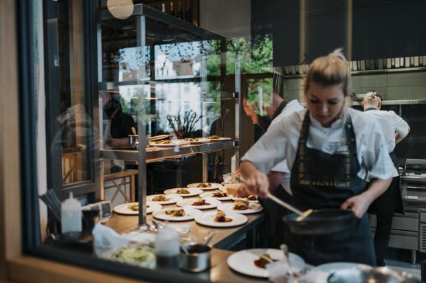 Kolacja degustacyjna była oficjalnym otwarciem restauracji, która działa już od kilku tygodni.