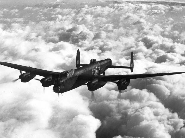 Avro Lancaster III z Dywizjonu 619 RAF.
