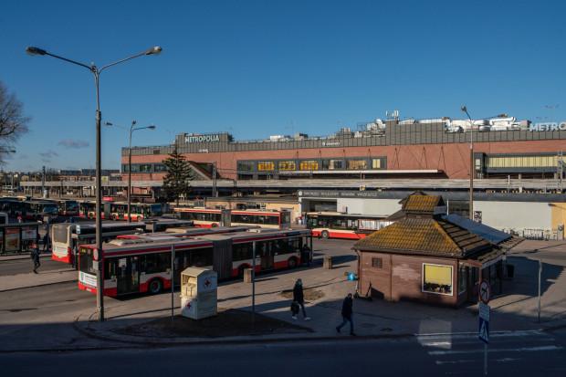 Tak dziś wygląda okolica dworca we Wrzeszczu.