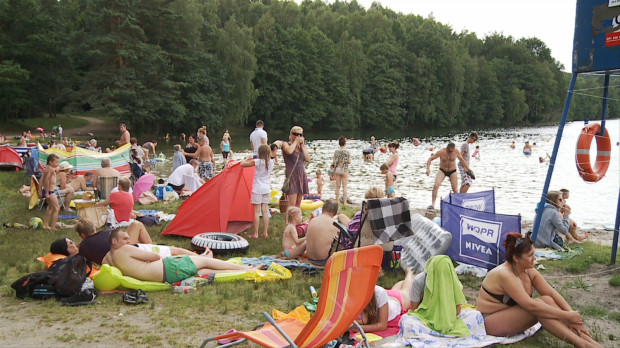 Wypoczynek nad jednym z jezior w pobliżu Trójmiasta to dobry sposób na sinice w Bałtyku i brak możliwości kąpieli w zatoce.