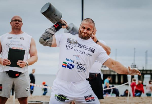 Cross Mixed Zone to zawody dla twardzieli i nie tylko. To kolejna impreza dla fanów siłowni po zeszłorocznej rywalizacji strongmanów na Lotos Stadionie Letnim w Brzeźnie.