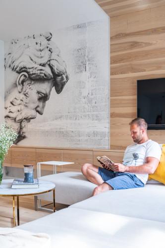 Panu Kamilowi zależało na stworzeniu komfortowej przestrzeni do pracy, relaksu i spotkań ze znajomymi.