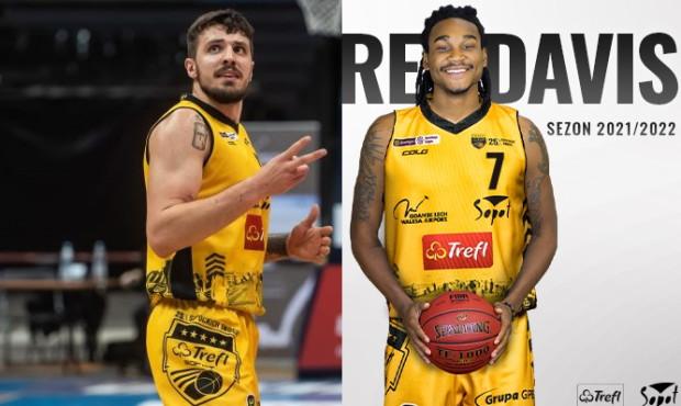 Dominik Olejniczak (z lewej) spędził rok w Treflu Sopot i Energa Basket Lidze. Nowy kierunek reprezentanta Polski to Francja. Jego miejsce zajmie DeAndre Davis (z prawej).