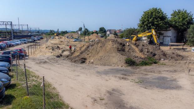 Budowa parkingu, pętli i nowych ulic przy SKM Chylonia w Gdyni.
