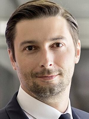 Jacek Goliński jest bratem posłanki PiS.