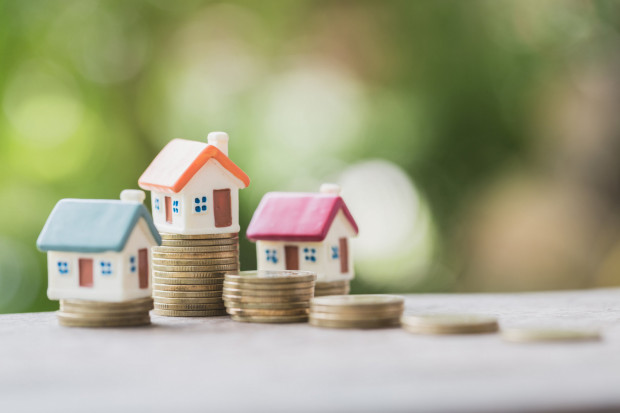Średnia wnioskowana kwota kredytu mieszkaniowego stale rośnie. Czas oczekiwania na wydanie przez bank decyzji kredytowej również.
