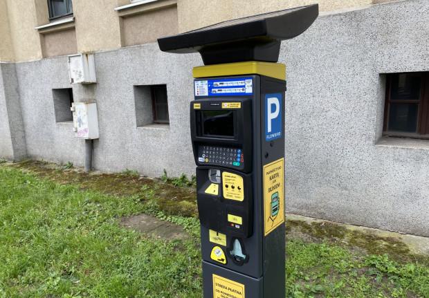 40 parkomatów nie posiada opcji płatności bilonem. Takie urządzenia stoją m.in. przy ul. Morskiej.