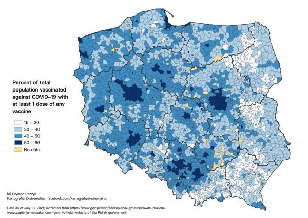 Mapa pokazująca odsetek osób zaszczepionych przynajmniej jedną dawką szczepionki przeciwko Covid-19. Opracowanie Szymon Pifczyk/Kartografia Ekstremalna na podstawie danych rządowych z 10 lipca 2021 r.