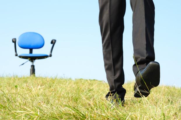 Zabieranie zawodowych obowiązków na urlop nie jest dowodem naszego oddania pracodawcy, lecz błędów w organizacji pracy.