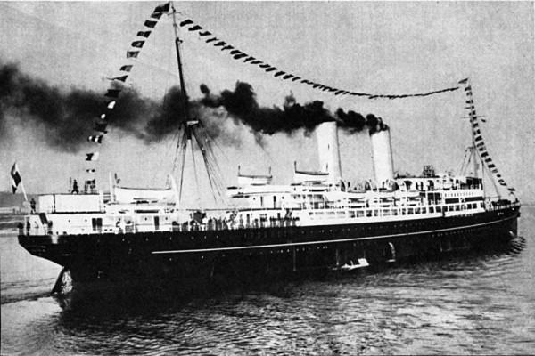 """SS """"Kościuszko"""" został zbudowany w 1915 przez Barclay Curle & Company w Glasgow dla rosyjskiego armatora Russian American Line jako """"Caryca"""". W marcu 1930 kupiony przez Polskę i trafił do Polskiego Transatlantyckiego Towarzystwa Okrętowego zmieniając nazwę na """"Kościuszko""""."""