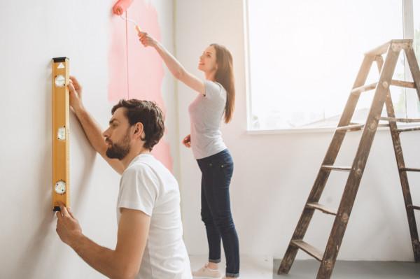Wśród starających się o kredyt dominują ci, którzy jako powód zapożyczania się wskazują remont mieszkania.
