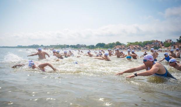 W sobotę, 24 lipca, wraca sopocki wyścig pływacki dookoła molo.