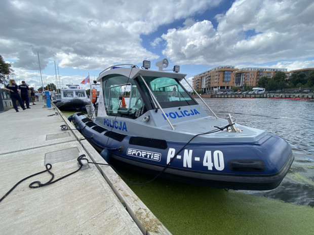 Do floty należy osiem jednostek pływających o mocy od 200 do 900 koni mechanicznych.