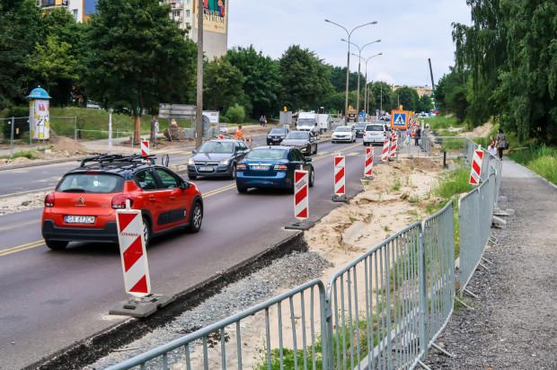 Praktycznie przez cały czas remontu ul. Kwiatkowskiego droga była przejezdna w obu kierunkach. W weekend to się zmieni.
