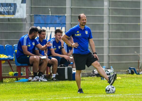 Trener Dariusz Marzec może z optymizmem czekać na inaugurację I ligi. W pięciu letnich sparingach Arka Gdynia wygrała aż czterokrotnie, w tym w większości z wyżej notowanymi od siebie rywalami.