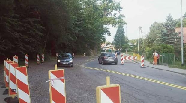 Rozpoczęła się budowa przejścia dla pieszych na ul. Niepołomickiej.