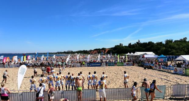 Od 30 lipca do 1 sierpnia plaża przy molo w Sopocie, wejście nr 23 czeka na miłośników latawców i rugby.