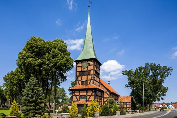 Kościół Najświętszego Serca Pana Jezusa w Stegnie.