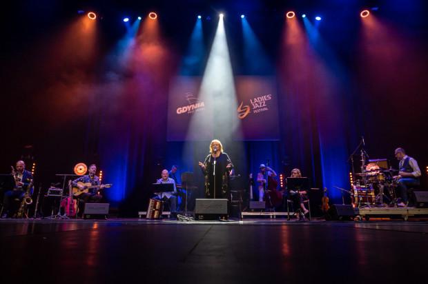 Koncert Stanisławy Celińskiej w ramach Ladies' Jazz Festivalokazał się niespieszną, nostalgiczną podróżą do świata pełnego wartości, szczerości i barw.