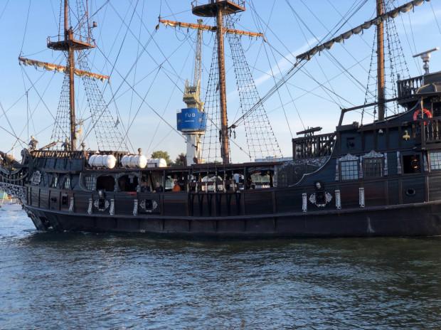 Czarną Perłę szybko udało się naprawić. W piątkowy wieczór wróciła do Gdańska.