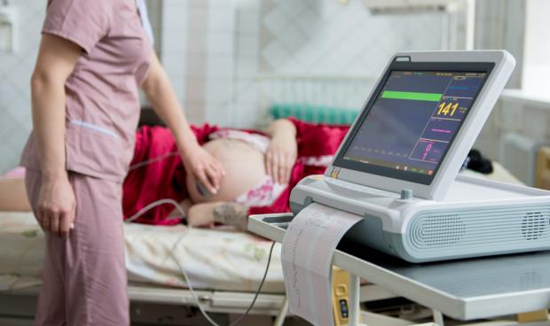Z początkiem sierpnia wzrosła liczba przyjęć na trójmiejskich porodówkach.