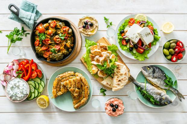 Osoby stosujące na co dzień dietę śródziemnomorską zdecydowanie rzadziej zapadają na choroby układu sercowo-naczyniowego oraz cukrzycę.