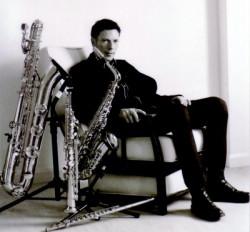 Saksofonista Ray Dickaty przewodzi projektowi Pure Phase Ensemble, który zagra koncert inspirowany twórczością ikony brytyjskiego spacerocka, Spiritualized.