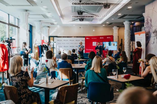 W czwartek 5 sierpnia w hotelu Mercure Gdańsk odbyło się zamknięte spotkanie charytatywne, którego celem była zbiórka środków na działalność Hospicjum Dutkiewicza.