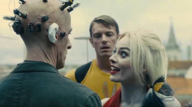 """Harley Quinn w wykonaniu Margot Robbie to ponownie najjaśniejszy punkt """"Legionu"""", ale tym razem królową zbrodni otacza całkiem sporo grono intrygujących postaci. Tego zabrakło w 2016 roku."""