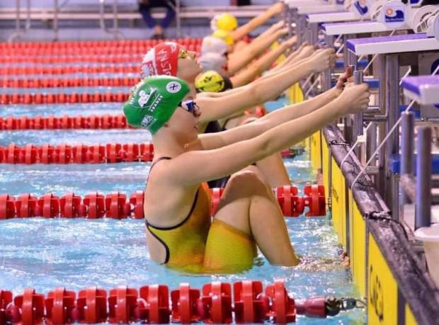 Aleksandra Szargiej trenuje w tygodniu od ośmiu do dziewięciu razy w wodzie i dodatkowo dwa razy poza nią.