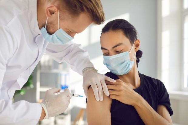 Pomorze znajduje się w czołówce regionów pod względem liczby wykonanych szczepień w przeliczeniu na liczbę mieszkańców.