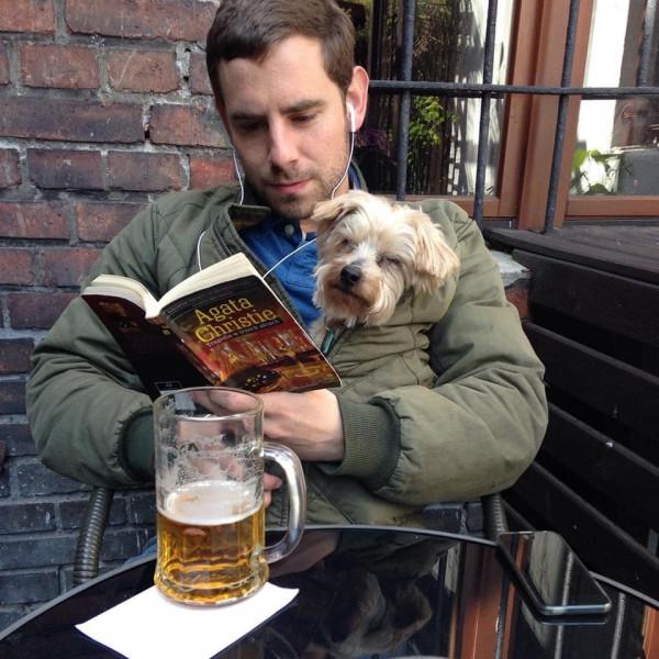 Tanie piwo wypijemy również w Kafe Delfin w Oliwie.