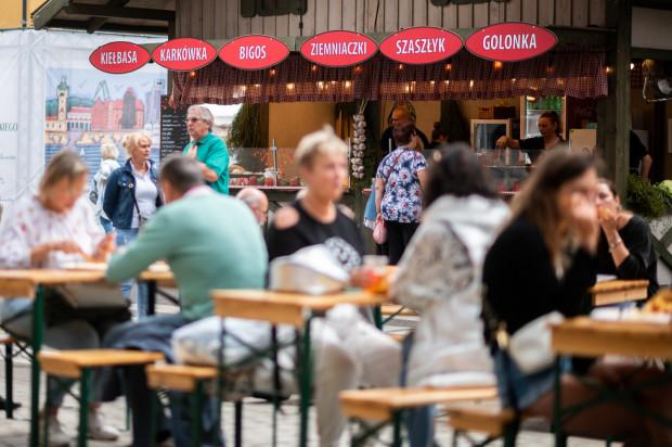 Strefa gastronomiczna zanotowała o 40 proc. wyższe przychody w porównaniu do ubiegłego roku.