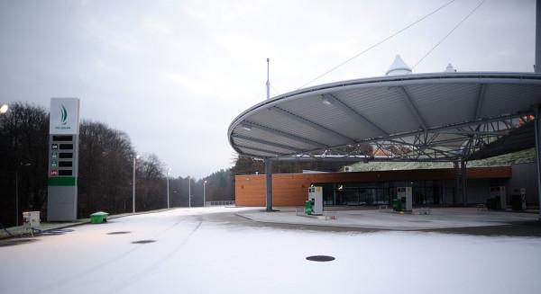 Nowa stacja paliw w pobliżu ul. Małokackiej w Gdyni.