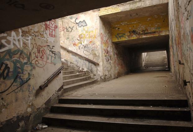 Tak tunel i schody wyglądały w 2008 r.