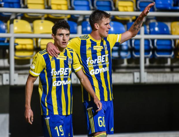 Olaf Kobacki (nr 19) i Karol Czubak (nr 68) rozegrali w Arce Gdynia po dwa mecze, a na koncie mają już po dwa gole.