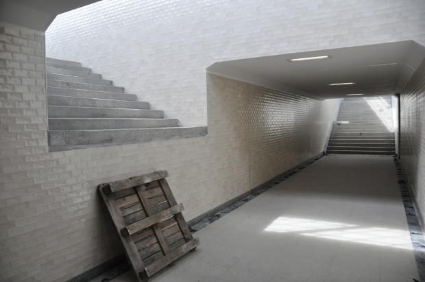 Tunel ma zostać udostępniony pieszym od początku września.