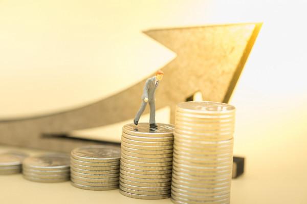 Związkowcy domagają się podniesienia płac w budżetówce o 60 proc.