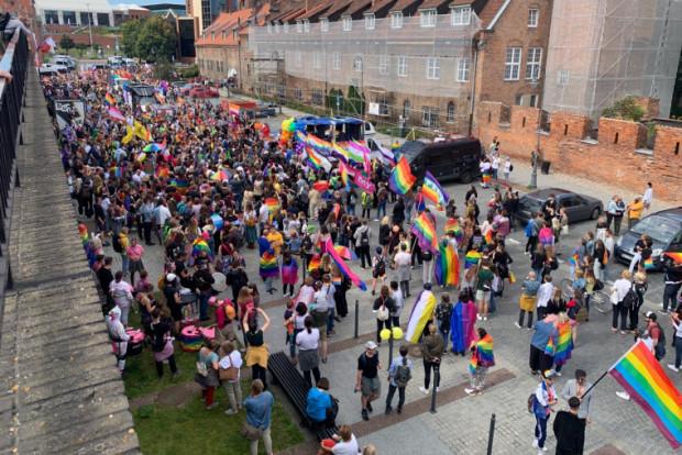 Marsz Równości rozpoczęty.