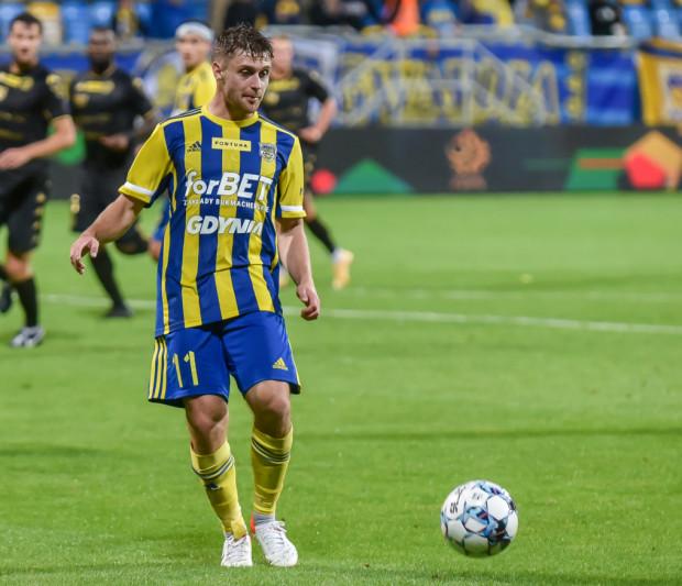 Hubert Adamczyk zdobył gola dla Arki Gdynia z rzutu karnego, ale to było za mało nawet na punkt z Górnikiem w Polkowicach.