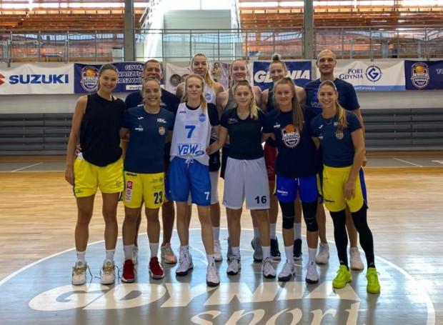 VBW Arka Gdynia niemal w komplecie. Brakuje jedynie: Klary Lungqvist, Megan Gustafson, Any-Mariji Begić i kontuzjowanej Angeliki Slamovej.